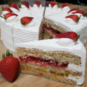 Glutenfree-Strawberry-and-Pineapple-Slice.jpg - Gluten_Free_Treats
