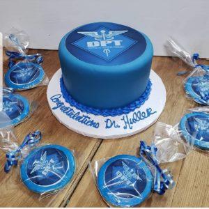 61291915_471839706918860_1012452083541864709_n.jpg - Graduation_Cakes