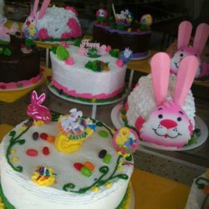 1393507_546156618801735_1253258896_n.jpg - Holiday_Cakes
