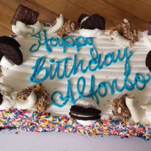 2015-06-15-14.44.16-1008091187808395249_290800342.jpg - Mens_Birthday_Cakes