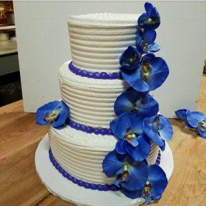 2017-04-02-14.06.56-1484250060677176934_290800342.jpg - Wedding_Cakes