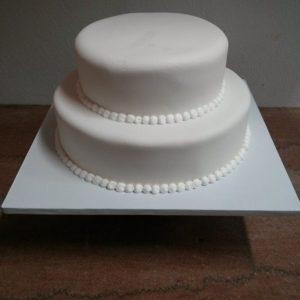 603424_552980741452656_588139945_n.jpg - Wedding_Cakes