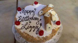 1383467_546153002135430_2147136965_n.jpg - Womens_Birthday_Cakes