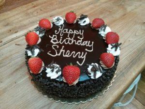 1460008_577524585664938_395482909_n.jpg - Womens_Birthday_Cakes