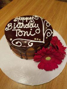 15873373_1302532916497431_3098631875787349222_n.jpg - Womens_Birthday_Cakes