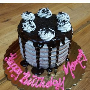 23098903_135098877145420_8741128298496524288_n.jpg - Womens_Birthday_Cakes