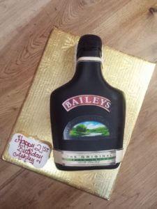LB-40.jpg - Womens_Birthday_Cakes