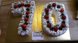 LB-9.jpg - Womens_Birthday_Cakes